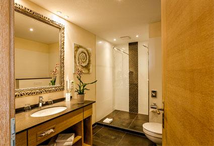 Badezimmer Hotel Neuwarft in Dagebüll an der Nordsee